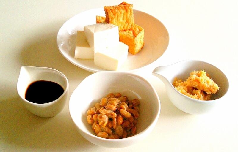 大豆を使った食品の画像